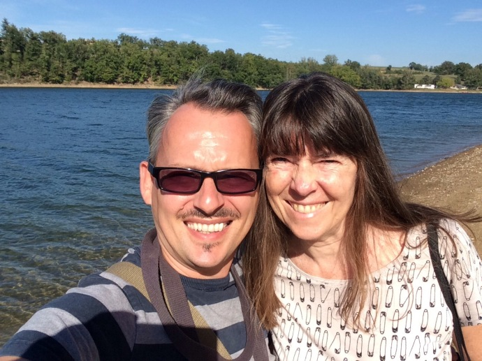 Selfi with Sheri at lake Roucarie